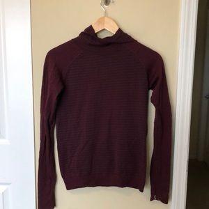 Lululemon plum ribbed hooded pullover sz 6 81990